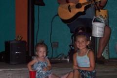 Nina_and_Hannah_1